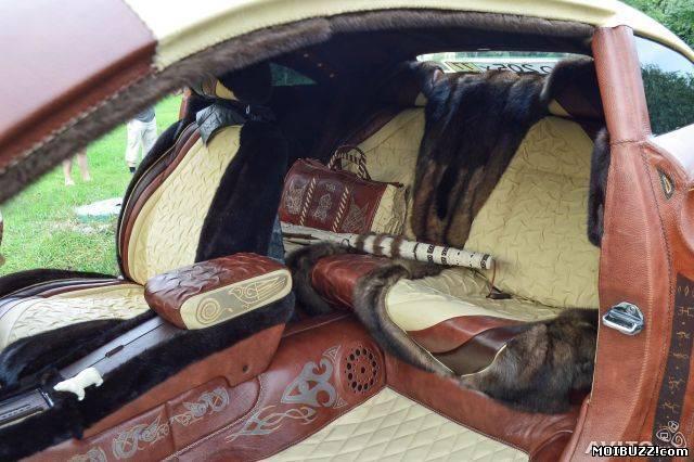 Обтянуть кожей авто